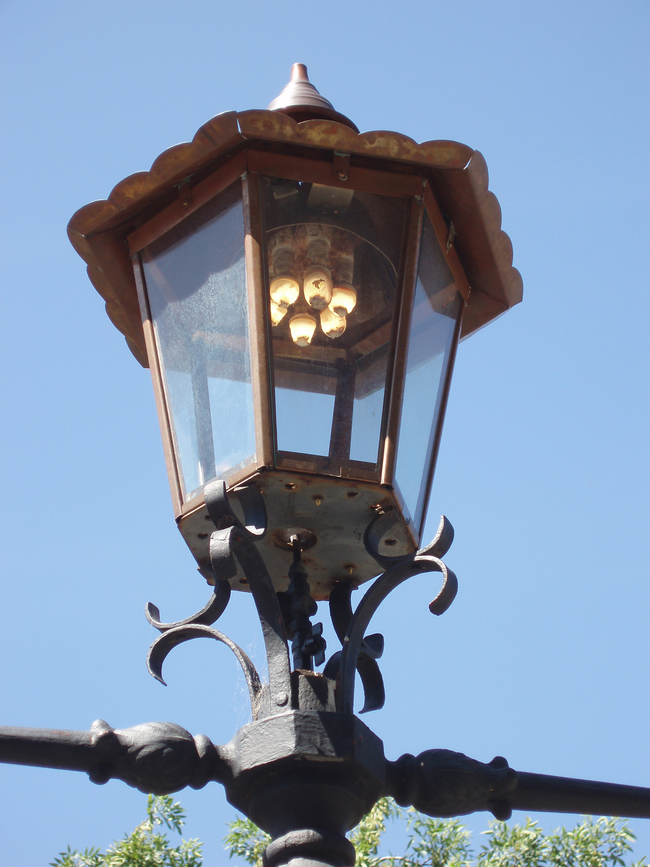 old gass lamp